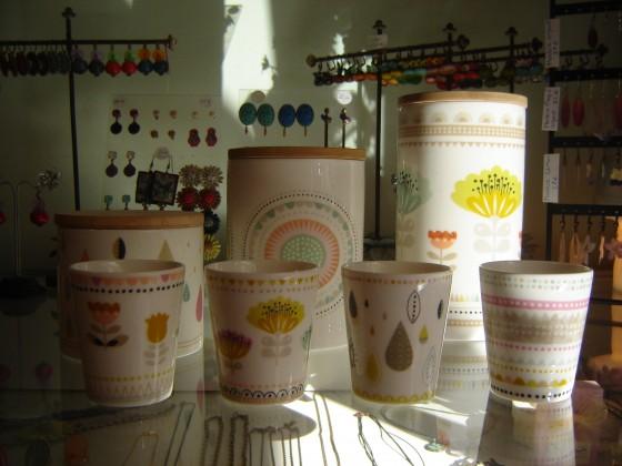 Nouveaux visuels pour les pots Mini Labo (de 16,50 à 27,50 euros) et les tasses assorties (7,50 euros)