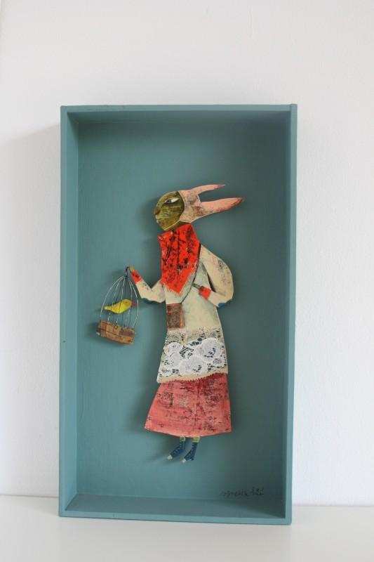 """Mademoiselle Lapin"", cadre boîte carton peint (13x23 cm, 210 euros)"