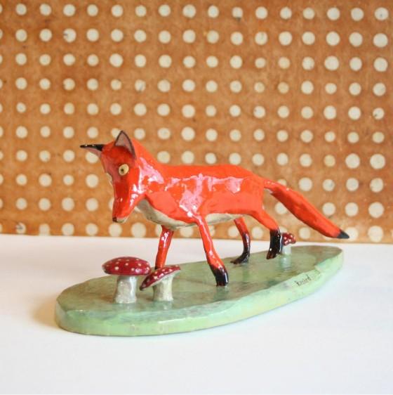 """""""Le renard"""", sculpture en papier mâché (200 euros)"""