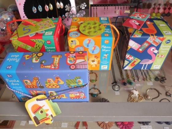 Mémo des animaux (8,50 euros), Dominos puzzle (8,50 euros), Dominos 1,2,3 ((8,50 euros), Puzzles duo articulés (9,50 euros)