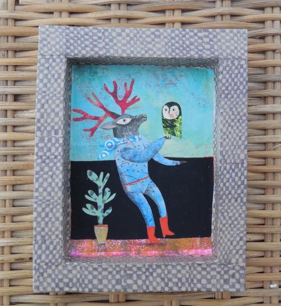 VH7 - Cerf et chouette (acrylique, crayon et collage sur cadre carton, 8x10 cm, 90 euros)