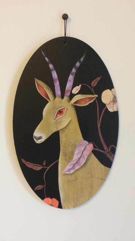 VH1 - Mauve antilope (acrylique, crayon et collage sur bois (vernis mat) - format 13x21 cm, 190 euros)