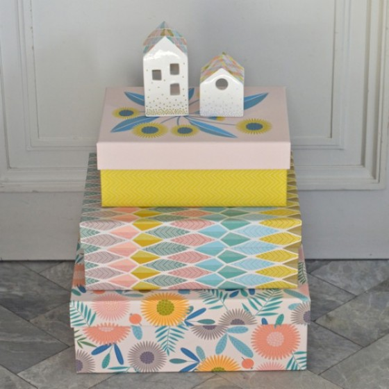 Ensemble de 3 boîtes en carton toilé Fleurs Mini Labo (35 euros)